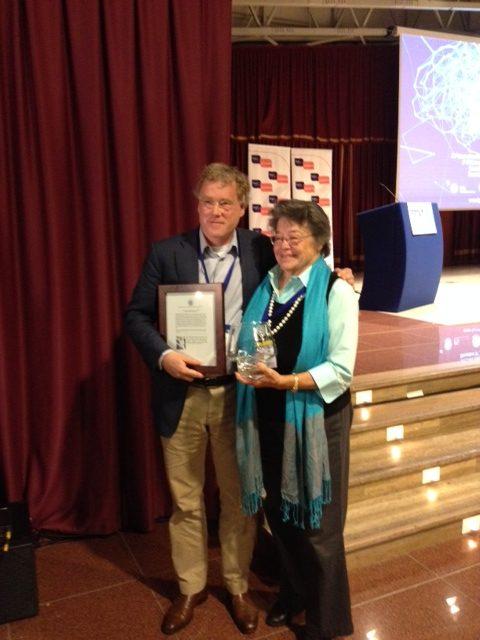 Prof. Leonard van den Berg wint de prestigieuze Forbes Norris Award.
